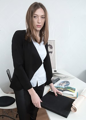 Secretary Porn Photos