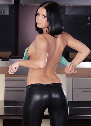 Leather Porn Photos