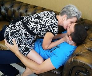 Kissing Porn Photos
