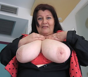 SSBBW Porn Photos